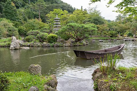 小屋館跡庭園(天守閣自然公園)